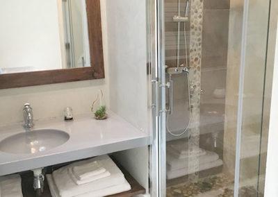 Chambre Toile de Jute SDB 2 - La Bastide des Songes - Chambres d'hôtes Luberon - Vaucluse