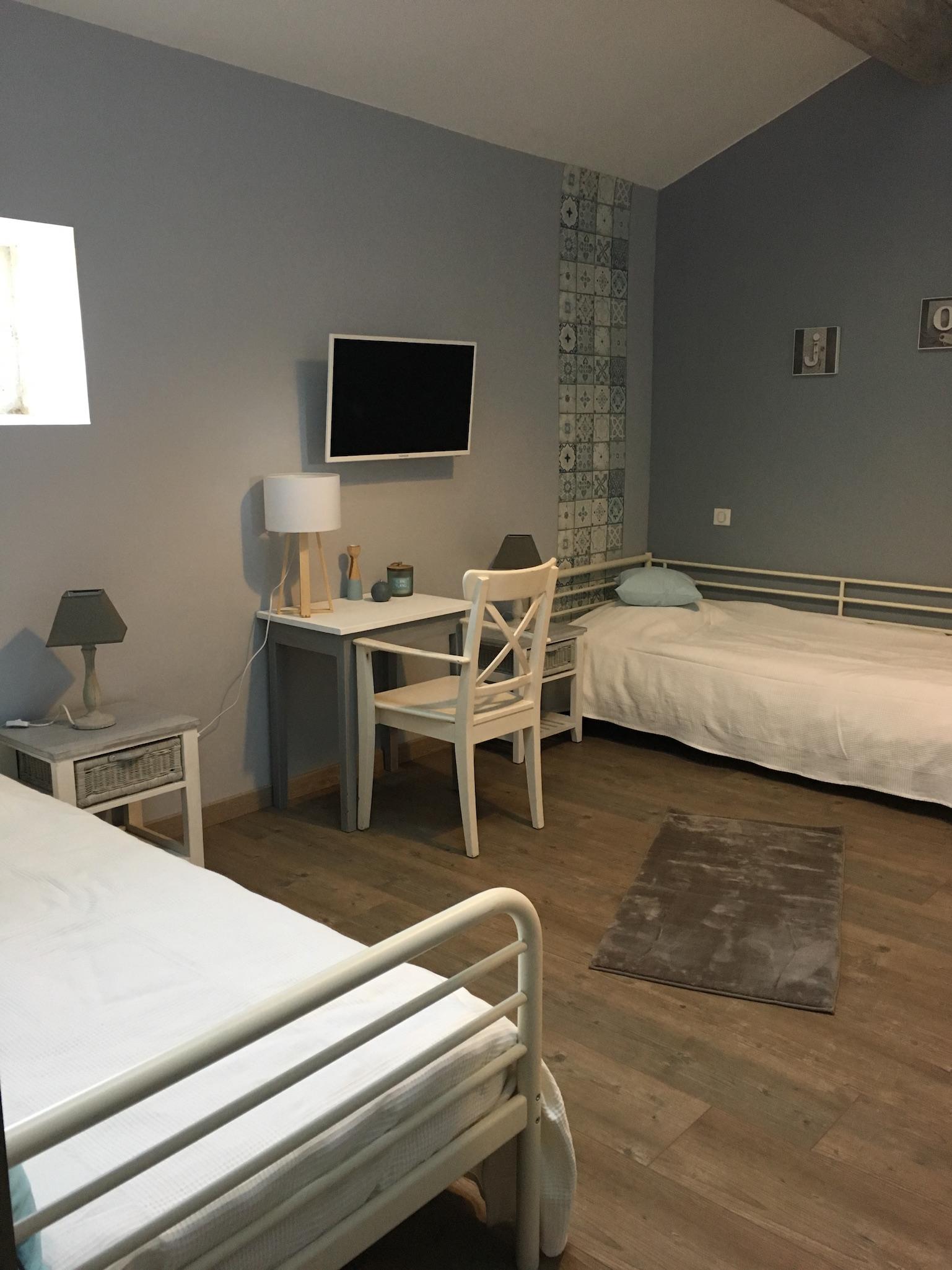 Suite fil de soie - chambre twin 1 - La Bastide des Songes - Chambres d hotes Luberon - Vaucluse - Robion - Gordes - Cavaillon