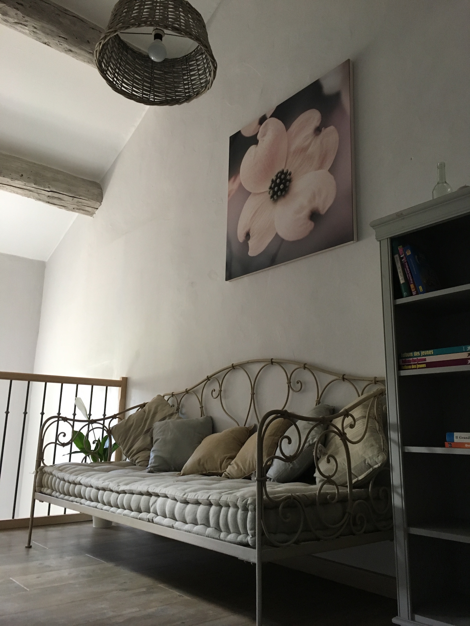 Suite fil de soie - salon 2 - La Bastide des Songes - Chambres d hotes Luberon - Vaucluse - Robion - Gordes - Cavaillon