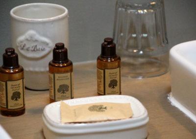 la bastide des songes - chambres d hotes - provence - luberon - robion - kit accueil