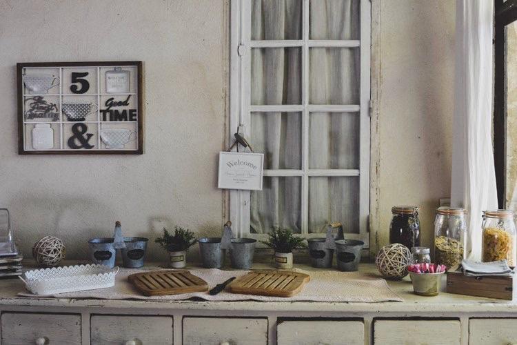 la bastide des songes - chambre hotes - luberon - provence - gordes - roussillon - isle sur sorgue - buffet petit dej