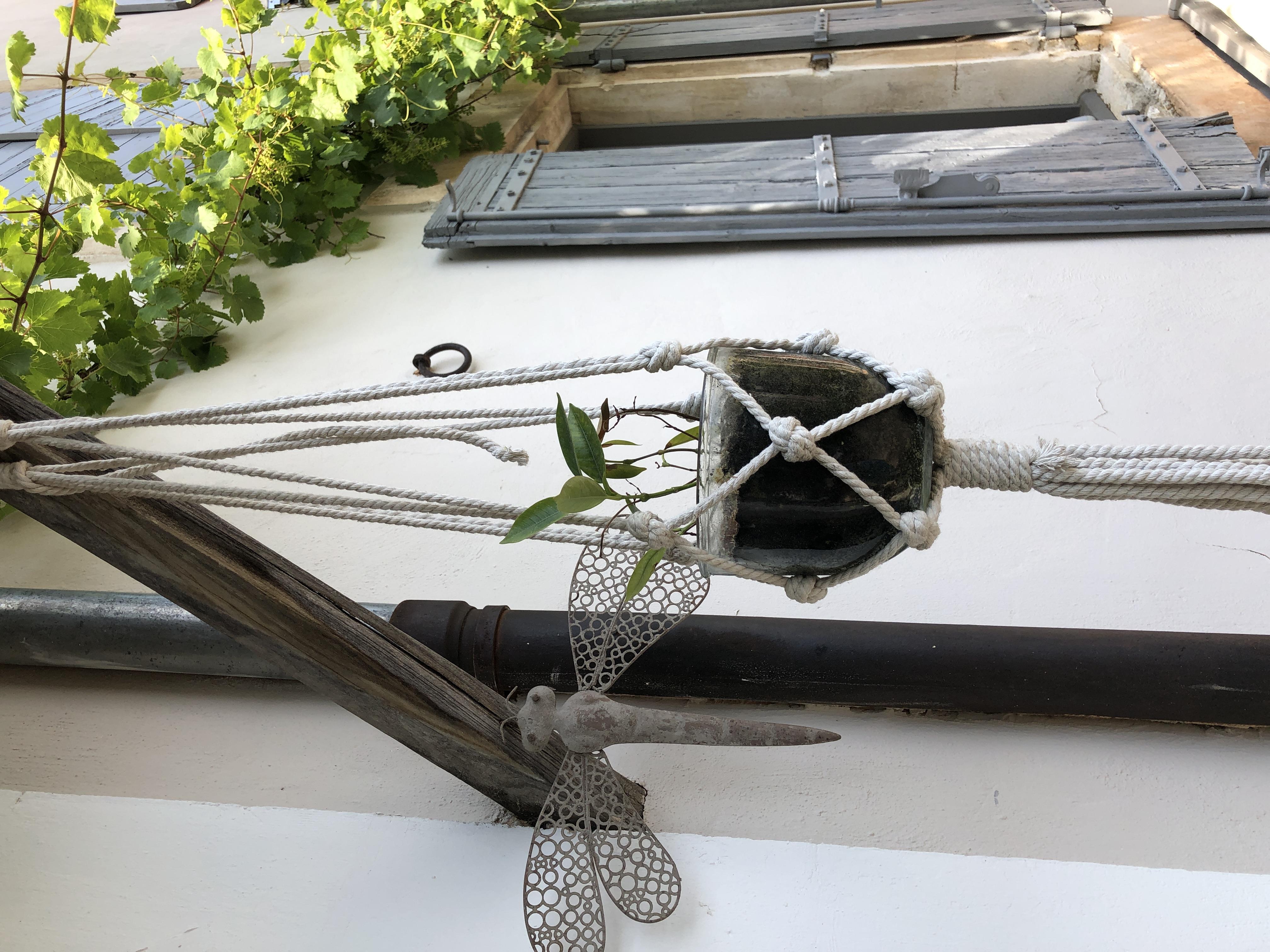 la bastide des songes - chambre hotes - luberon - provence - gordes - roussillon - isle sur sorgue - decoration entrée