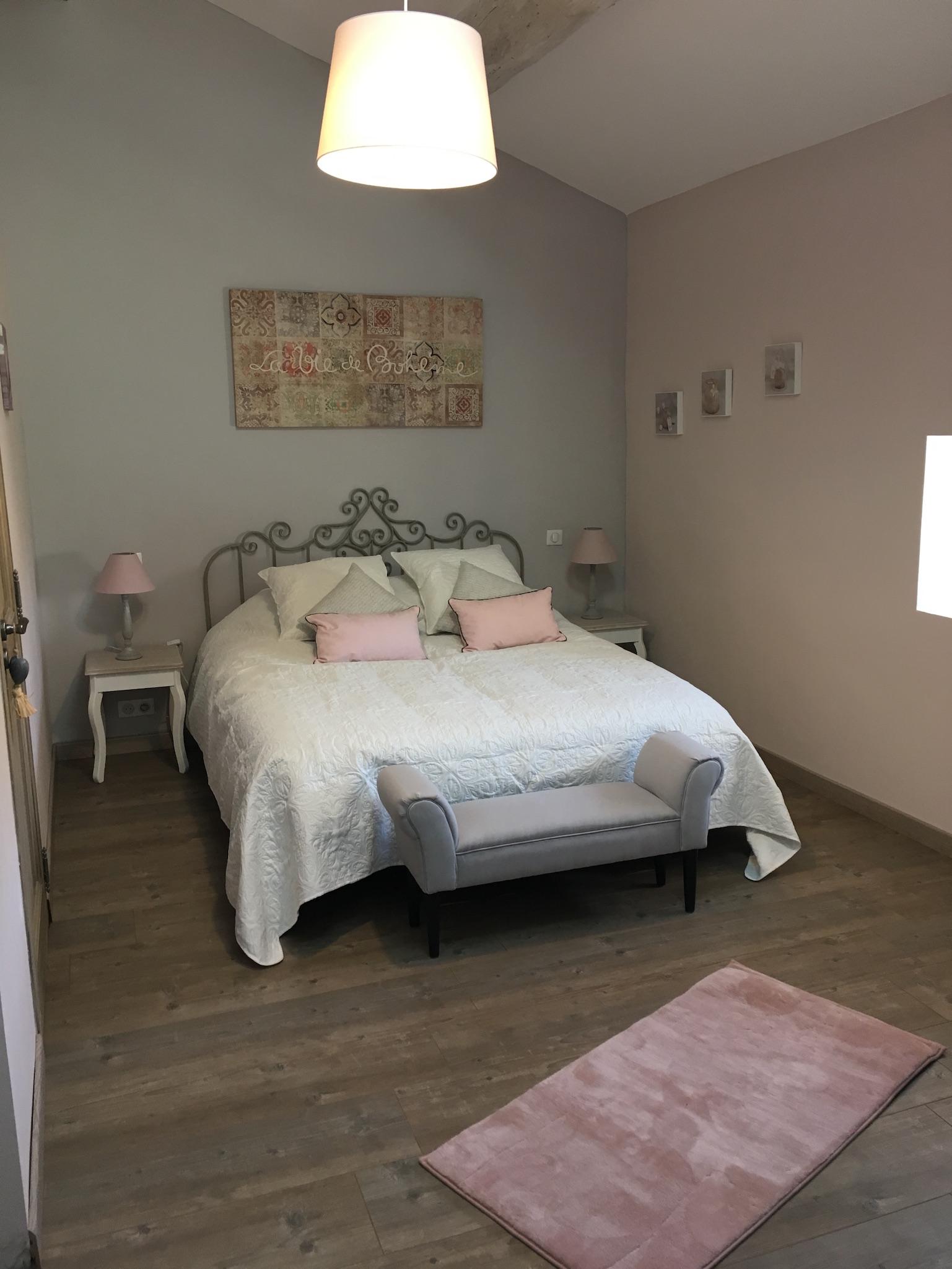 Suite fil de soie - chambre parentale 2 - La Bastide des Songes - Chambres d hotes Luberon - Vaucluse - Robion - Gordes - Cavaillon