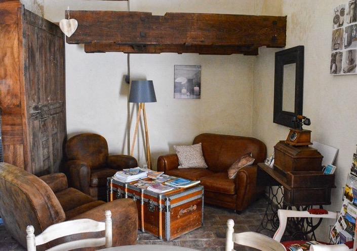 la bastide des songes - chambre hotes - luberon - provence - gordes - roussillon - isle sur sorgue - coin salon - salle