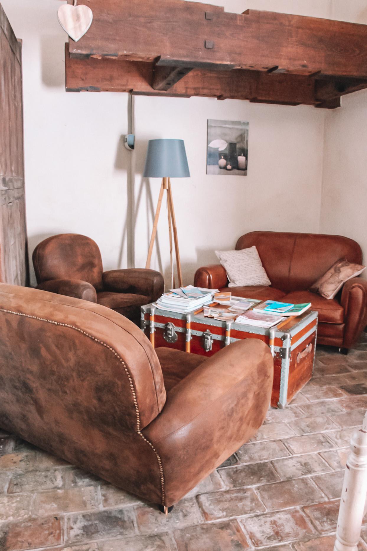 la bastide des songes - chambre hotes - luberon - provence - gordes - roussillon - isle sur sorgue - coin salon